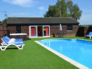 The Pool House at Upper Farm Henton (near Oxford)