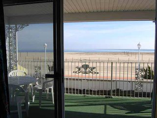 Ocean Front 2-Room Suite Apt 3 at the Colony Apartments, Ocean City