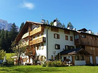 "Cà Rita ""DolomiTiAmo"" Your Home in the Dolomites, Borca di Cadore"