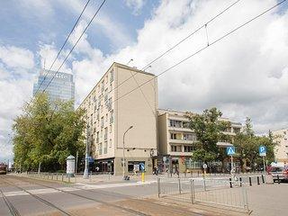 Sunny apartment for 4 on Senatorska