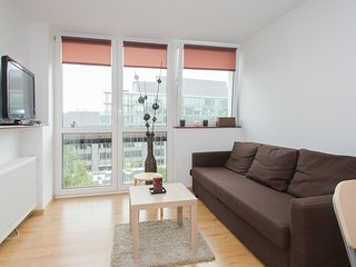 Quiet Apartment on Graniczna, Warschau