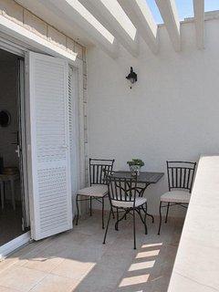 A3-Bez(2+2): terrace