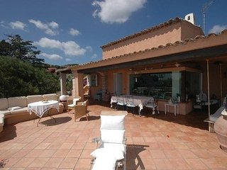 Delightful Villa in Sardinia with Furnished Terrace and Pool - Villa Raphael, Porto Rafael