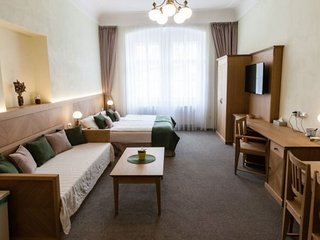Spacious Karlova25 Studio apartment in Staré Mesto with WiFi.