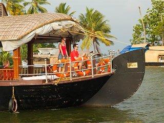 Genesis Houseboats, Alappuzha