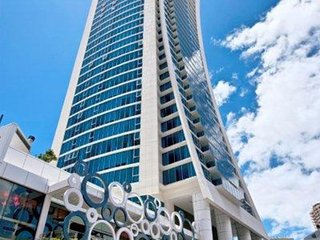 Luxury Hilt Residence 2 bedroom apartment, Surfers Paradise