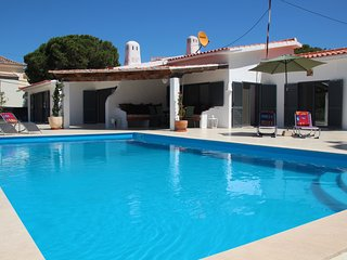 Villa KK Large - EASTER DISCOUNTS APPLY - please enquire within, Vale do Lobo