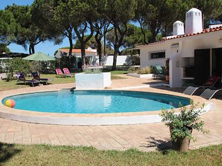Villa KK Small - EASTER DISCOUNTS APPLY - please enquire within, Vale do Lobo