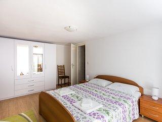 Apartment Nadalina-One Bedroom Apartment