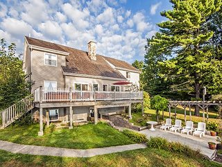 Expansive Deck & Exceptional Outdoor Space, Swanton