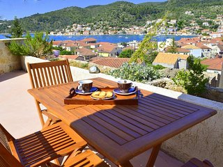 """Ithaki unique view"" detached house, Vathy"