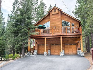 NEW LISTING - Room for Everyone at this 3400 sq ft  Tahoe Donner 4 BR Home!