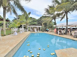 Vacation & Events Villas - All the Utilities, Sleeps 50-60-70..100!
