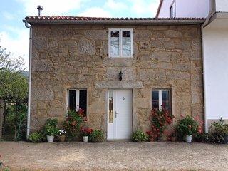 Casa Pardal: 2 dormitorios, 2 baños cocina y salón