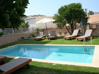 Rena's House 'Official' - villa with private pool & full amenities!