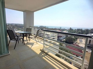 Sea view apartment on the 5th floor in Karon Hill