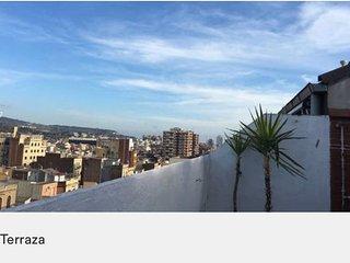 Habitación Litera + Litera y sofá cama en Living, Barcelona