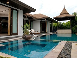 Luxury 3 bedroom villa in Chalong, Low season special price!
