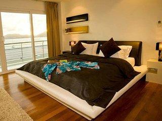 Luxury 4 bedroom Villa on the beach., Chalong