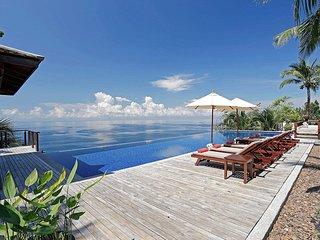 Unobstructed Seaview Luxury Villa, Kamala