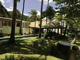 Lovely 6 bedroom beachfront villa near Patong