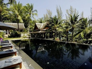 Magnificent 6 Bedroom Villa in Kamala