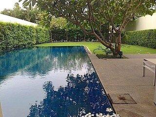 Beachfront 3 bedroom pool villa in Cape Yamu, Pa Khlok