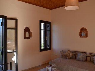 La villa Mauresque #2, Vamos