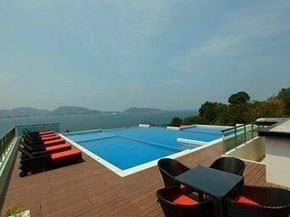 Modern 2 bedroom Suite Patong beach view