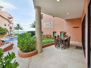 Oceanfront 3 bedroom (Best price)ground floor (LEF1) 15% off, Playa del Carmen