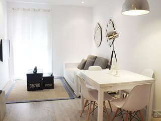 GowithOh - 17799 - Apartment for 5 only 15 minutes from Sants station - Barcelona