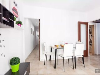 GowithOh - 20910 - Attractive three bedroom apartment in Barcelona - Barcelona