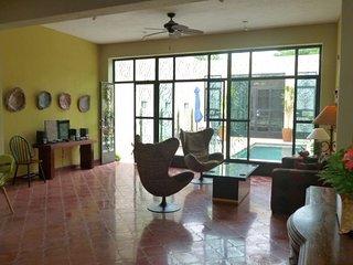 Casa de Matices Merida Centro Quiet Street