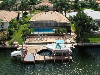 1650 Galleon Court - Quick access to the Gulf