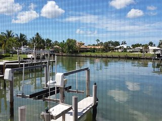 1261 Laurel Ct. - Quick Access to Gulf, Marco Island