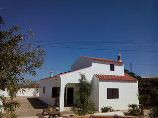 Villa rental in Algarve near golf course and beach, Armacao de Pera
