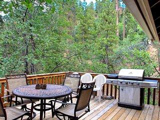 Mountain Pines Lodge, Big Bear Region