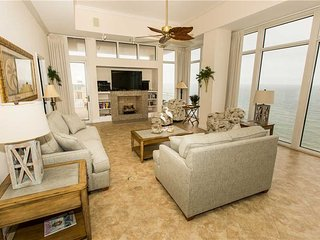 Sterling Beach - Deluxe Three-Bedroom Apartment