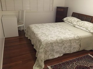 Brisbane 4 Bedroom Furnished House