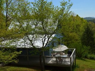 KD Hide-Away  Serene Setting  Perfect for Families, Mineral Bluff