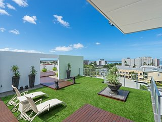 Holiday in Paradise Penthouse Style, Cairns
