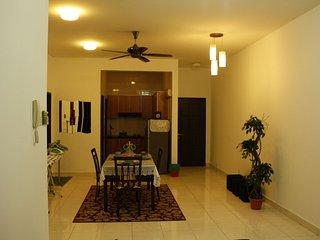 Casa Tiara Avenue