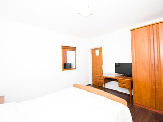 Rooms Rose-Double Room with Balcony and Sea View 2, Molunat