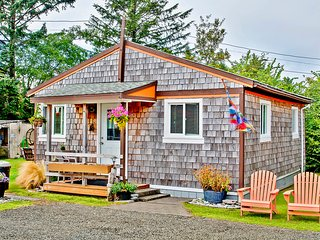 Ocean Spray Cottage #6, Grayland