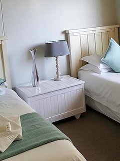 Second Bedroom, twin single beds