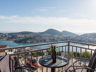 Apartment Nuncijata - Three Bedroom Apartment with Balcony and Sea View, Dubrovnik