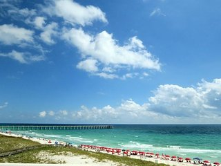 Fall dates open! Call today! Family Friendly, 3/3 Gulf Front Condo!, Navarre