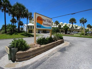 Bring your boat! Fall Special! Only $135/nt! Great 4/2 town-home!, Navarre