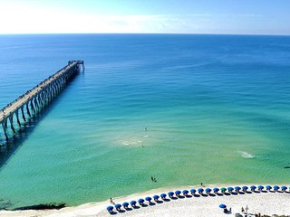 Fall Special! Only $125/nt. Great 1/1.5 condo on Navarre Beach!, Navarra