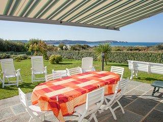Belle villa ,grande vue mer plage a400m internet